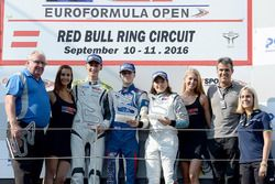 Podyum: 1.Colton Herta, Carlin Motorsport, 2. Ferdinand Habsburg, Drivex School, 3. Tatiana Calderon