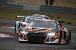 #5 Phoenix Racing, Audi R8 LMS: Nicolaj Möller Madsen, Markus Pommer