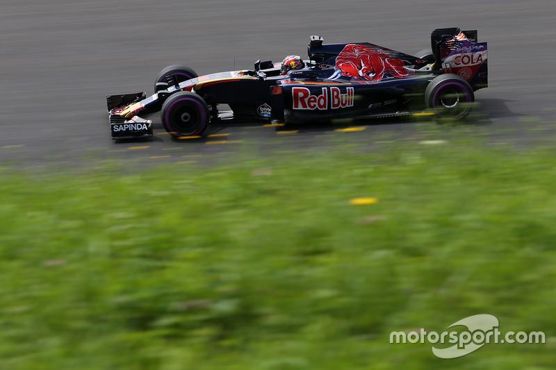Daniil Kvyat und Carlos Sainz starten für Toro Rosso