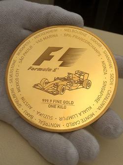 Formula 1, Goldmünze