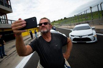 Ingo Hoffmann e os novos Corolla e Cruze da Stock Car 2020