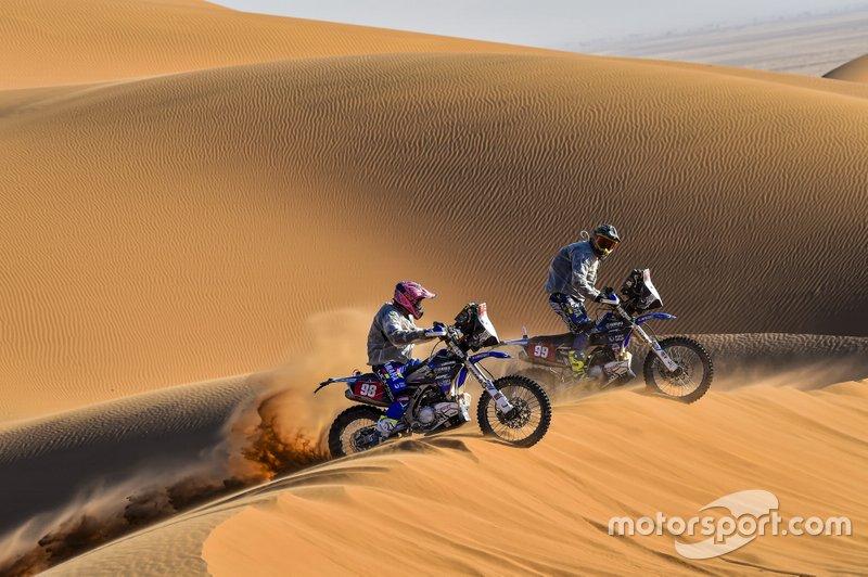 #98 Yamaha: Sara Garcia, #99 Yamaha: Javier Vega Puerta