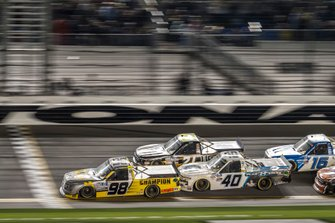 Grant Enfinger, ThorSport Racing, Ford F-150 Champion/ Curb Records leads at the white flag