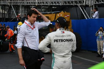 Toto Wolff, Executive Director (Business), Mercedes AMG, with Lewis Hamilton, Mercedes AMG F1, 1st position, after the race