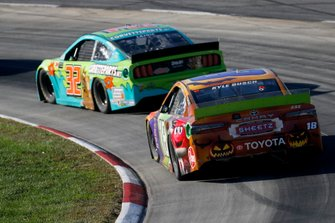 Kyle Busch, Joe Gibbs Racing, Toyota Camry M&M's Halloween