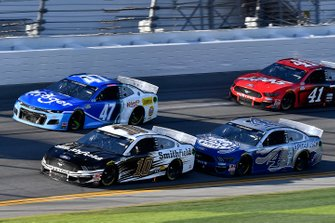 Aric Almirola, Stewart-Haas Racing, Ford Mustang Smithfield and Kevin Harvick, Stewart-Haas Racing, Ford Mustang Busch Light #PIT4BUSCH