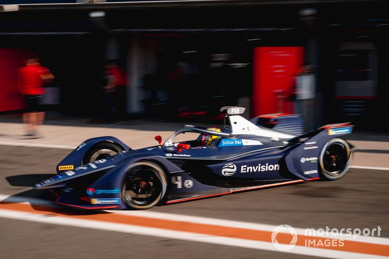Robin Frijns, Envision Virgin Racing, Audi e-tron FE06 exits the garage