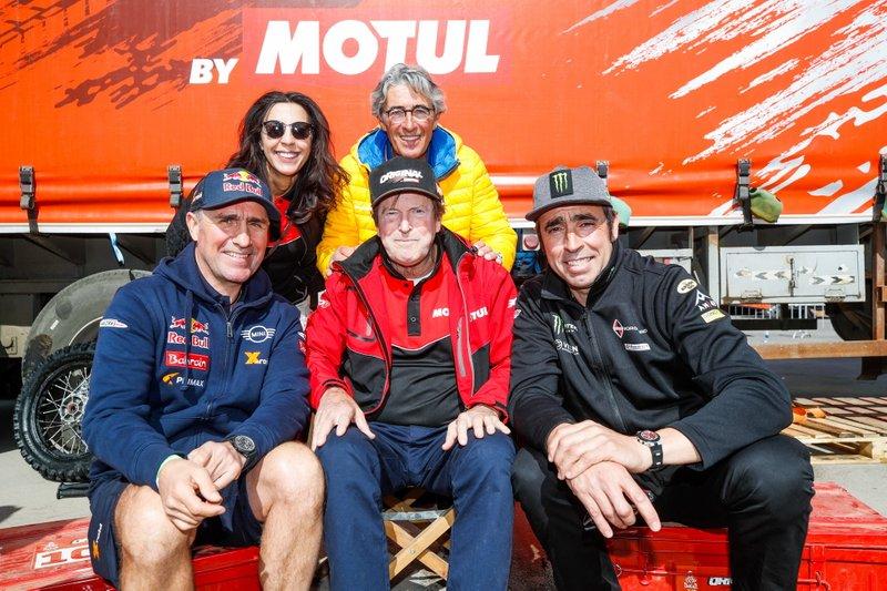 #302 JCW X-Raid Team: Stephane Peterhansel, Hubert Auriol, #301 Borgward Rally Team BX7 EVO: Nani Roma, photographer Eric Vargiolu