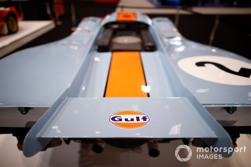 Rear wing detail of the Porsche 917