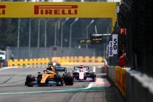 Lando Norris, McLaren MCL34, Sergio Perez, Racing Point RP19