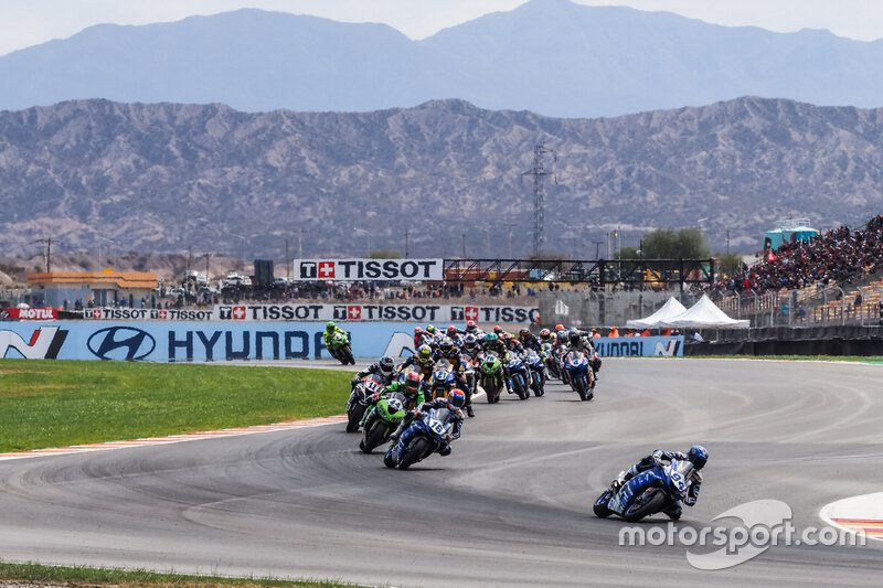 Jules Cluzel, GMT94 Yamaha leads at the start