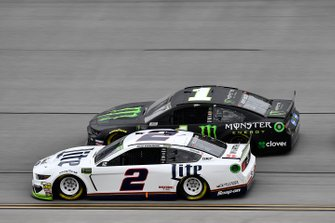 Brad Keselowski, Team Penske, Ford Mustang Miller Lite and Kurt Busch, Chip Ganassi Racing, Chevrolet Camaro Monster Energy