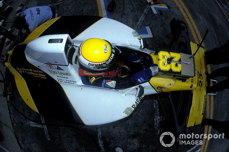 Pierluigi Martini: 8 temporadas en Minardi (en 1985 y luego un periodo entre 1985 hasta 1991, así como una tercera época desde 1993 hasta 1995)