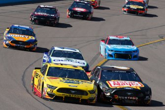 Michael McDowell, Front Row Motorsports, Ford Mustang Love's Travel Stops Ross Chastain, Roush Fenway Racing, Ford Mustang Oscar Mayer