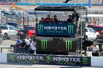 Kurt Busch, Chip Ganassi Racing, Chevrolet Camaro GEARWRENCH Signage