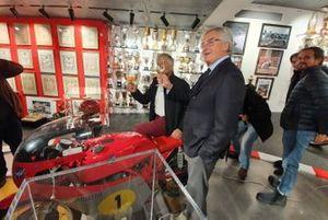Giacomo Agostini y Lino Dainese