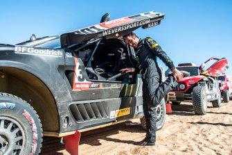 #301 Borgward Rally Team BX7 EVO: Nani Roma