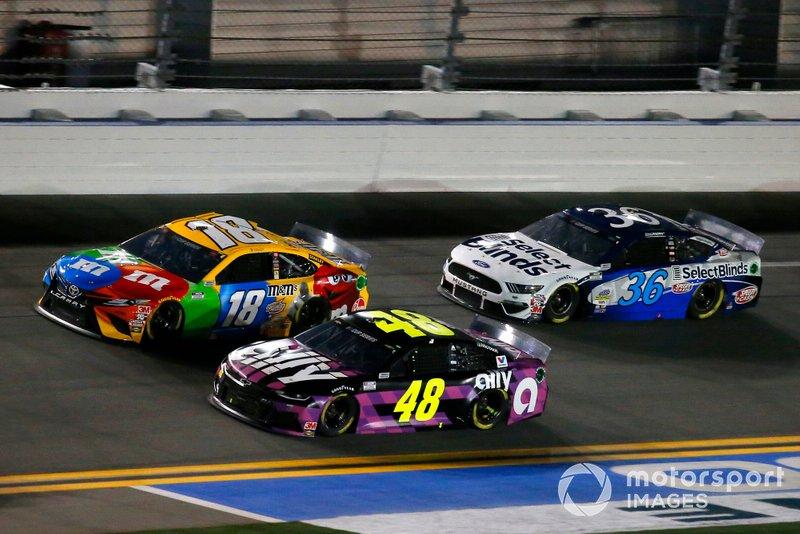 Jimmie Johnson, Hendrick Motorsports, Chevrolet Camaro Ally, Kyle Busch, Joe Gibbs Racing, Toyota Camry M&M's