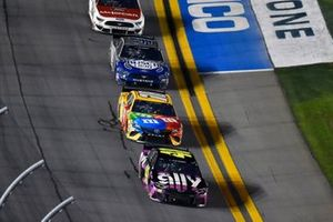 Jimmie Johnson, Hendrick Motorsports, Chevrolet Camaro Ally and Kyle Busch, Joe Gibbs Racing, Toyota Camry M&M's
