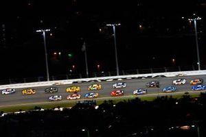 Alex Bowman, Hendrick Motorsports, Chevrolet Camaro Valvoline and Erik Jones, Joe Gibbs Racing, Toyota Camry DeWalt