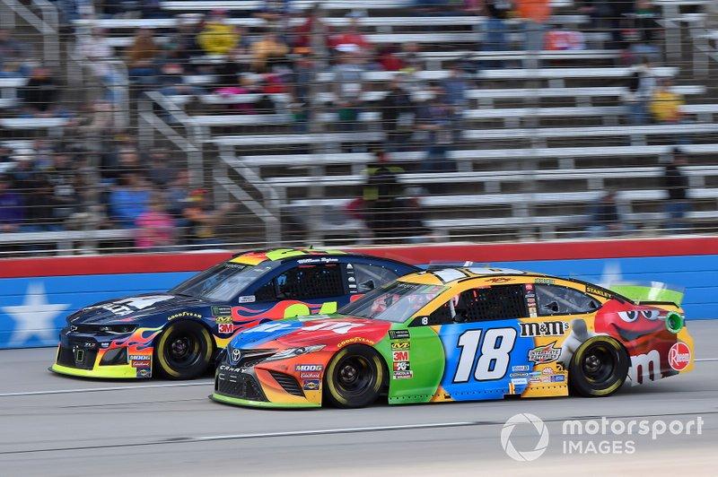 William Byron, Hendrick Motorsports, Chevrolet Camaro Axalta, Kyle Busch, Joe Gibbs Racing, Toyota Camry M&M's