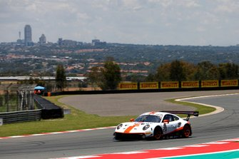 #20 GPX Racing Porsche 911 GT3 R: Richard Lietz, Michael Christensen, Kevin Estre