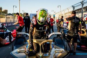 Antonio Felix da Costa, DS Techeetah climbs out of his car on the grid