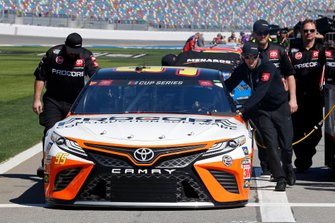 Christopher Bell, Leavine Family Racing, Toyota Camry Procore crew