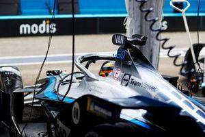 Stoffel Vandoorne, Mercedes-Benz EQ, EQ Silver Arrow 02, in the garage
