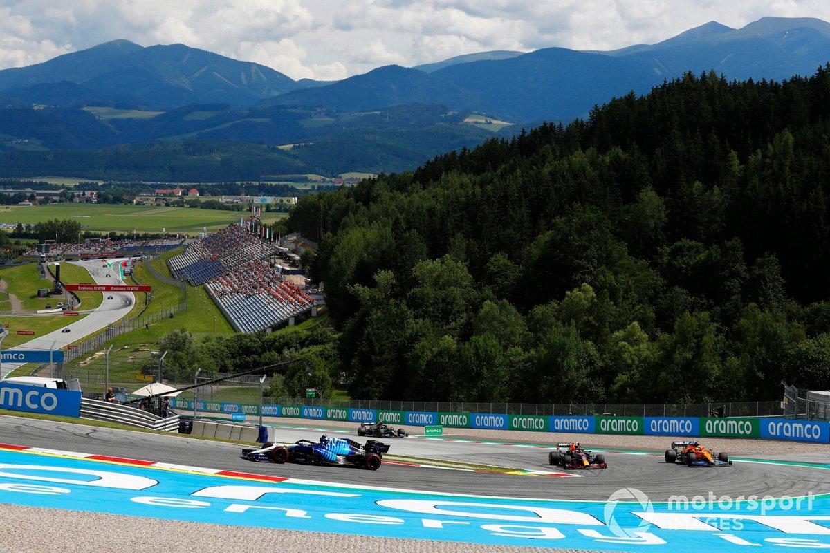 Nicholas Latifi, Williams FW43B, Sergio Pérez, Red Bull Racing RB16B, Lando Norris, McLaren MCL35M