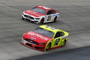 Ryan Blaney, Team Penske, Ford Mustang Menards/Cardell Cabinetry, Matt DiBenedetto, Wood Brothers Racing, Ford Mustang Motorcraft / Quick Lane
