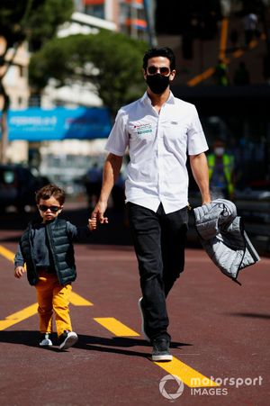 Lucas Di Grassi, Audi Sport ABT Schaeffler, con su hijo Leonardo