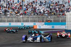 Maximilian Guenther, BMW I Andretti Motorsports, BMW iFE.21, Alexander Sims, Mahindra Racing, M7Electro, Sam Bird, Jaguar Racing, Jaguar I-TYPE 5