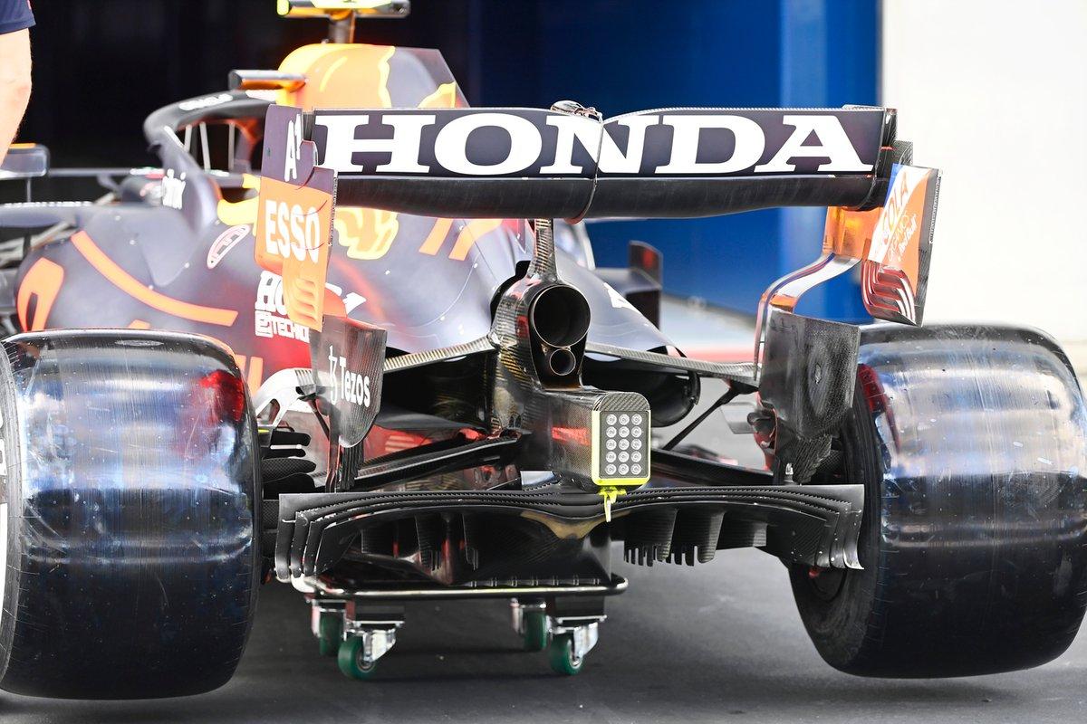 Detalle de la parte trasera del Red Bull Racing RB16B
