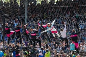 Race winner Helio Castroneves, Meyer Shank Racing Honda celebrates his victory