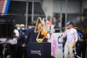Trophy on the starting grid