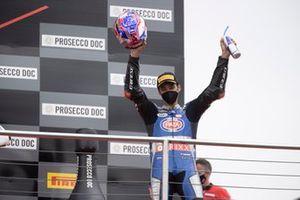 Podio: ganador Toprak Razgatlioglu, PATA Yamaha WorldSBK Team