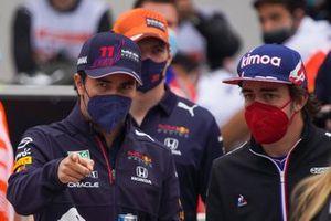 Sergio Perez, Red Bull Racing, Fernando Alonso, Alpine