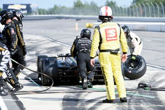 James Hinchcliffe, Arrow Schmidt Peterson Motorsports Honda pit stop