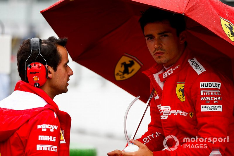 Charles Leclerc, Ferrari, in griglia di partenza