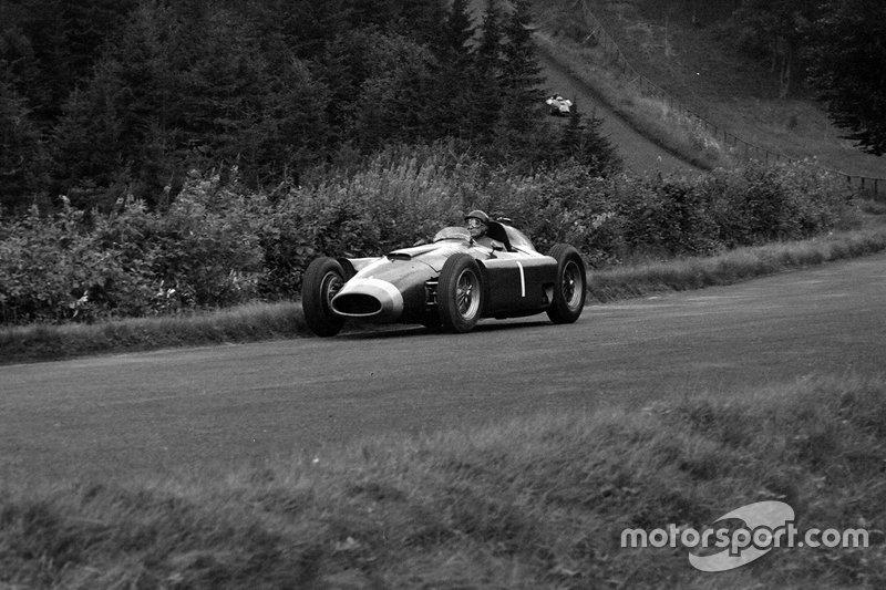 1956年:ファン-マヌエル・ファンジオ(フェラーリ)