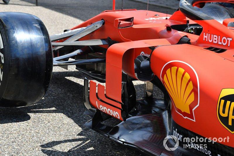 Детали центральной части Ferrari SF90