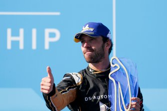 Jean-Eric Vergne, DS TECHEETAH celebrates the championship victory on the podium