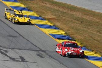 #912 Porsche GT Team Porsche 911 RSR: Earl Bamber, Laurens Vanthoor, Mathieu Jaminet #84 JDC-Miller Motorsports Cadillac DPi: Simon Trummer, Stephen Simpson, Chris Miller