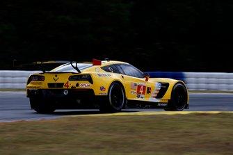 #4 Corvette Racing Corvette C7.R: Oliver Gavin, Tommy Milner, Marcel Fässler