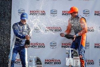 Podio: Felix Rosenqvist, Chip Ganassi Racing Honda, Scott Dixon, Chip Ganassi Racing Honda, Ryan Hunter-Reay, Andretti Autosport Honda, festeggiano con lo champagne