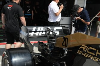 Haas F1 Team VF-19, rear wing