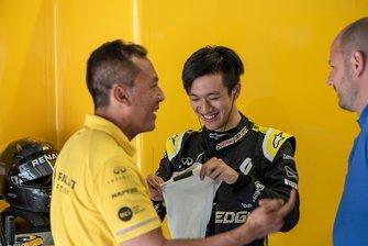 Guanyu Zhou, Renault Sport Akademisi, Renault 2017 F1 Aracı, Avusturya testi