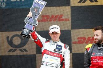 Podio: terzo classificato Robin Frijns, Audi Sport Team Abt Sportsline