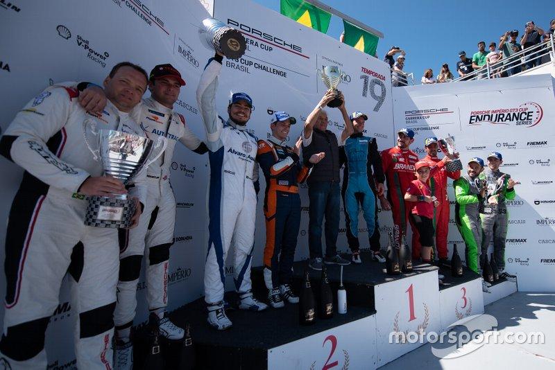 Pódio Geral - Porsche Cup, etapa do Estoril